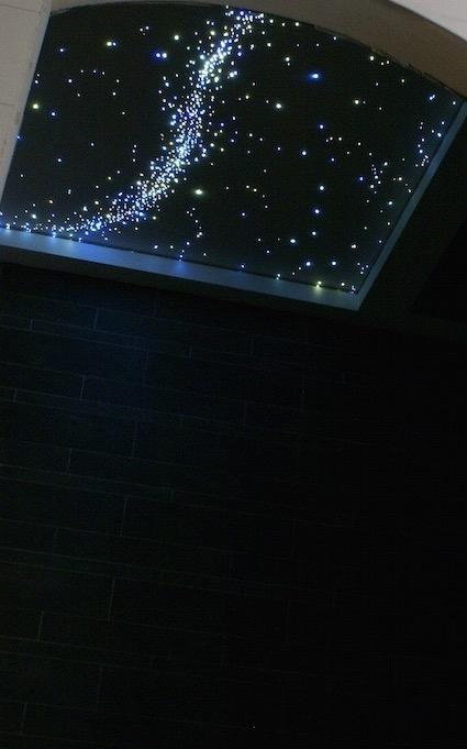 Badezimmer led Sternenhimmel Decke Milchstraße fazern optisch kaufen luxus fur mit licht lampe sternschnuppe