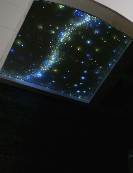 Badezimmer led Sternenhimmel Decke kaufen Milchstraße fazern optisch luxus fur mit licht lampe sternschnuppe