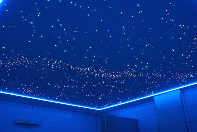 Badezimmer-led-Sternenhimmel-Decke-led-kaufen-fazern-optisch-Milchstraße-luxus-fur-mit-licht-lampe-sternschnuppe-Galaxis-sauna