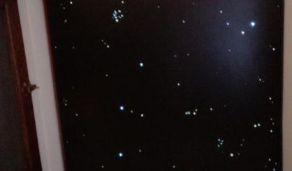 led sterrenhemel verlichting plafond wc toilet badkamer twninkel glasvezel interieur design luxe mooie sterren hemel klein