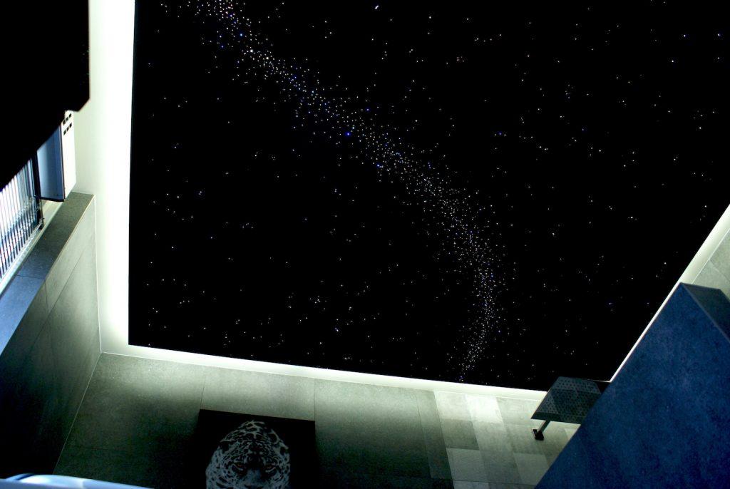 Plafond ciel toil fibre optique led plafonnier mycosmos for Plafond lumineux fibre optique